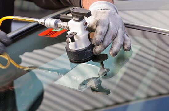Oakville Auto Glass Repair Prices